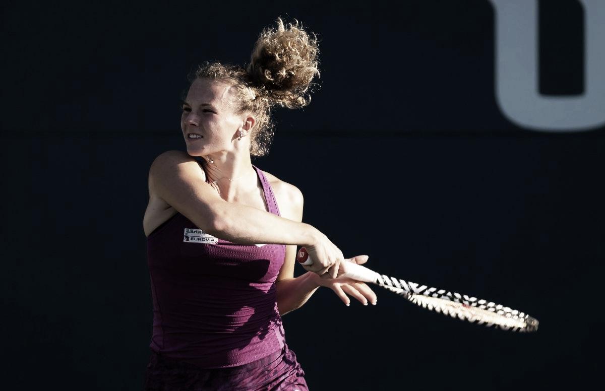 Siniakova atropela Ostapenko rumo à terceira rodada do Aberto da China