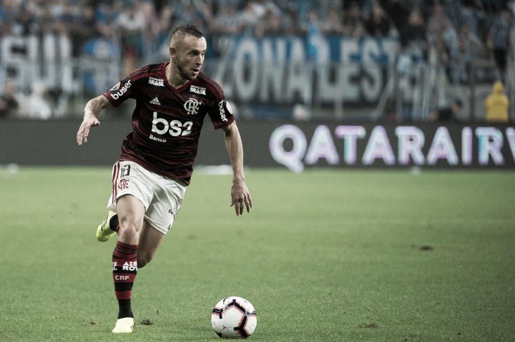 """Ao exaltar domínio do Flamengo, Rafinha comenta: """"Merecemos a vitória"""""""