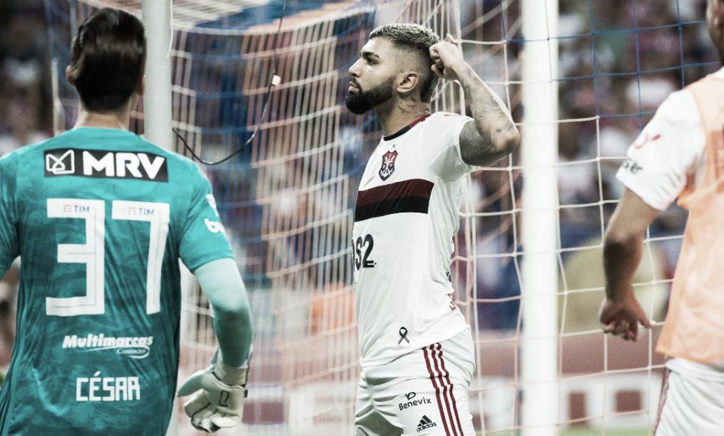 Flamengo supera desfalques e vence Fortaleza de virada no Castelão
