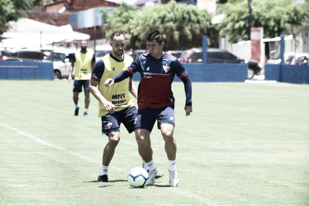 Com retornos, Fortaleza encara reservas do Grêmio