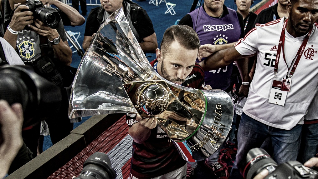 Contrato renovado! Everton Ribeiro fica no Flamengo até 2023