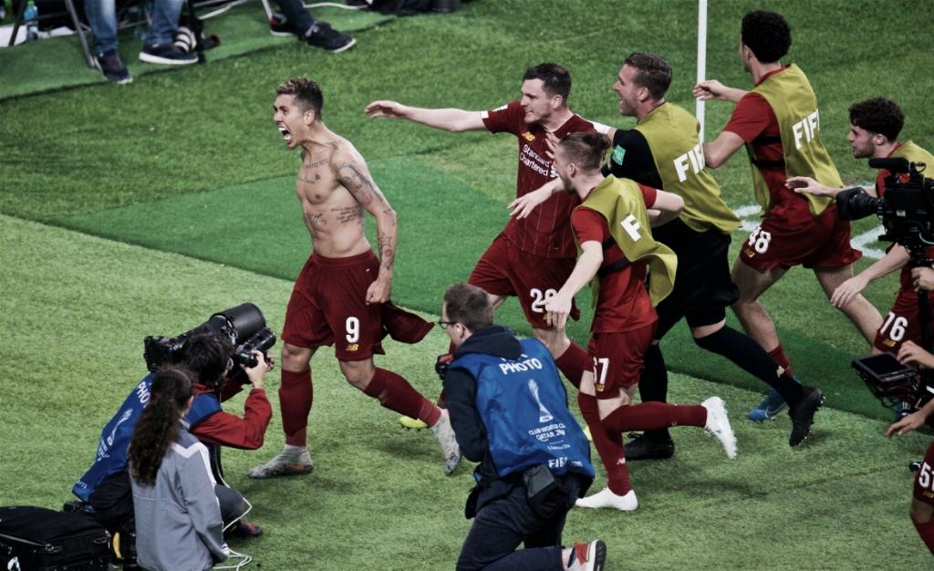 """Herói da final para o Liverpool, Roberto Firmino abre o sorriso e vibra: """"Sensação incrível"""""""