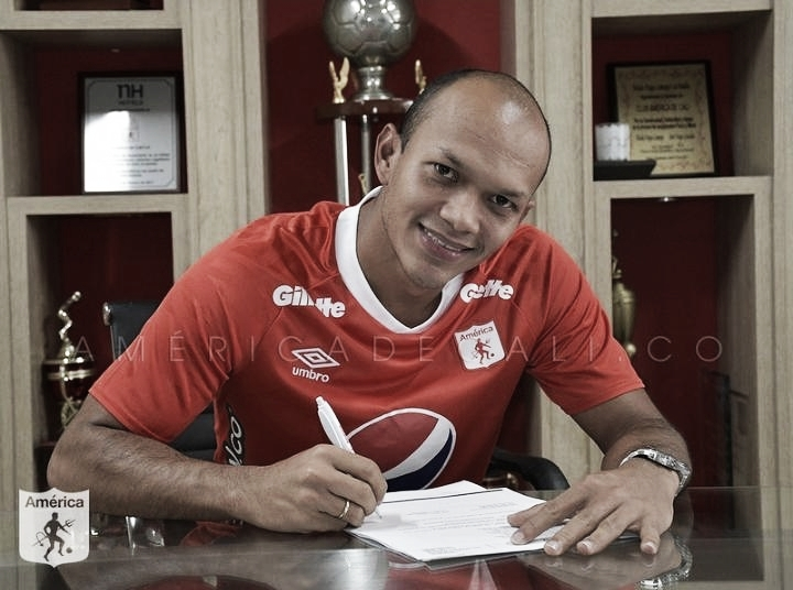"""Juan David Pérez: """"La Idea es hacer un contrato por tres años"""""""