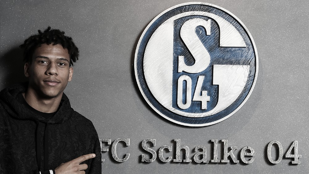 Ex-Barcelona, Jean-Clair Todibo assina com Schalke 04 até o fim da temporada
