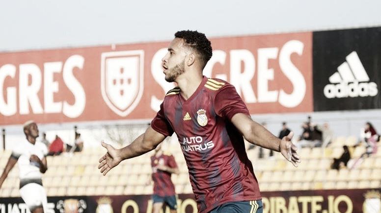 """Atacante do Alverca, Jonata comemora seu primeiro hat-trick em Portugal: """"Maravilhoso"""""""