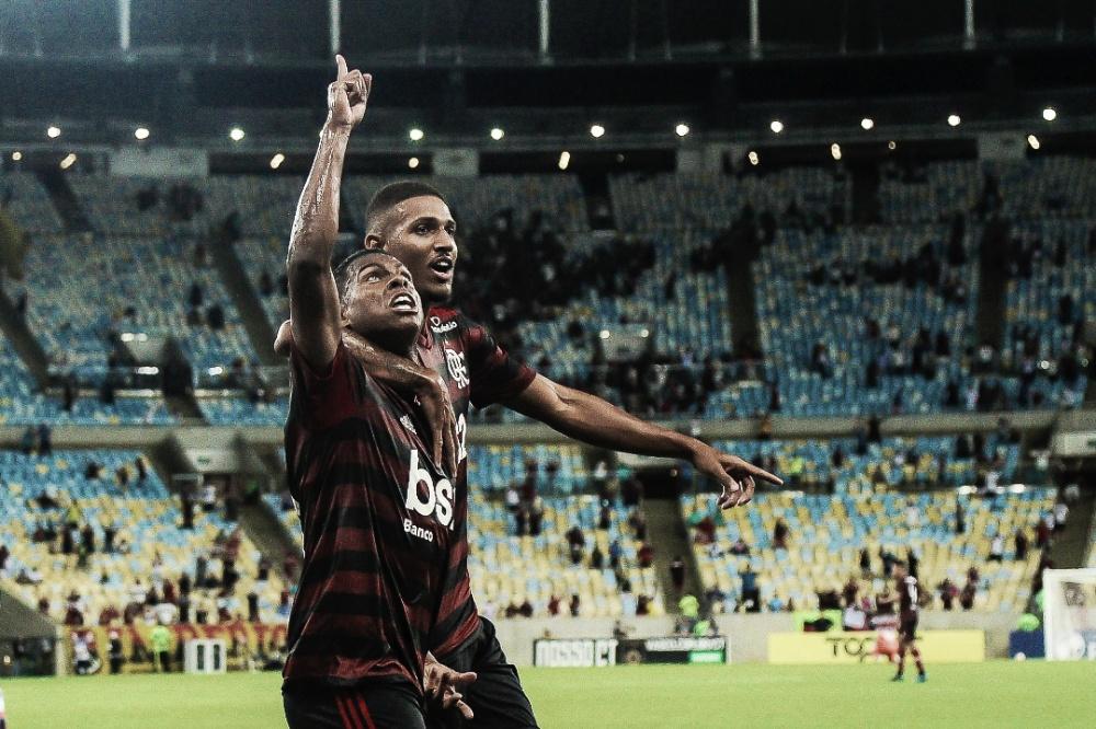 """Herói contra o Vasco, Lucas Silva marca seu primeiro gol no Maracanã e comemora: """"Vai ficar marcado"""""""
