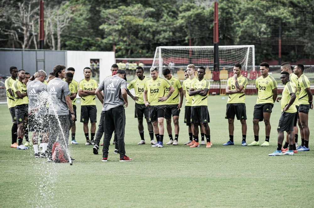 Flamengo e Fluminense se enfrentam buscando manter invencibilidade no Carioca