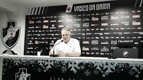 """Abel Braga admite fase ruim no Vasco: """"A coisa não está fluindo"""""""