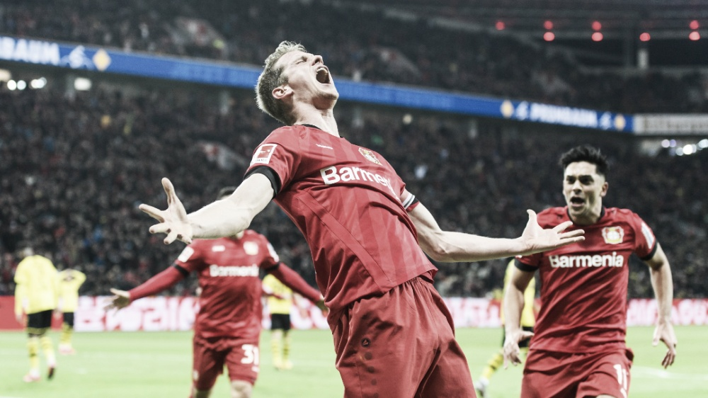 Em jogo com duas viradas, Bayer Leverkusen volta a vencer Borussia Dortmund após quatro anos