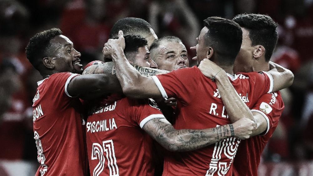 Inter elimina U. de Chile na pré-Libertadores, mas expõe falta de repertório ofensivo