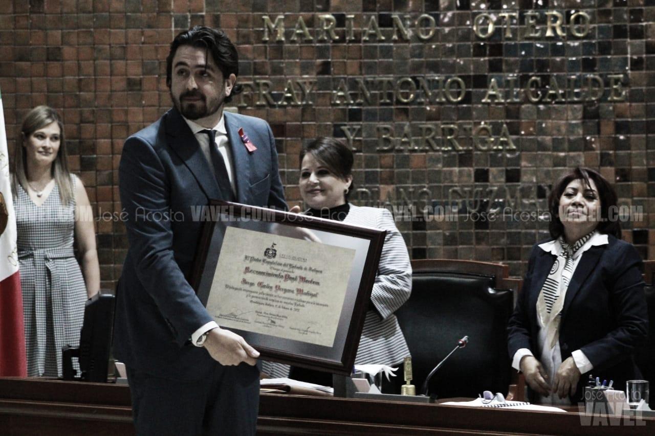 Congreso de Jalisco rinde homenaje póstumo a Jorge Vergara