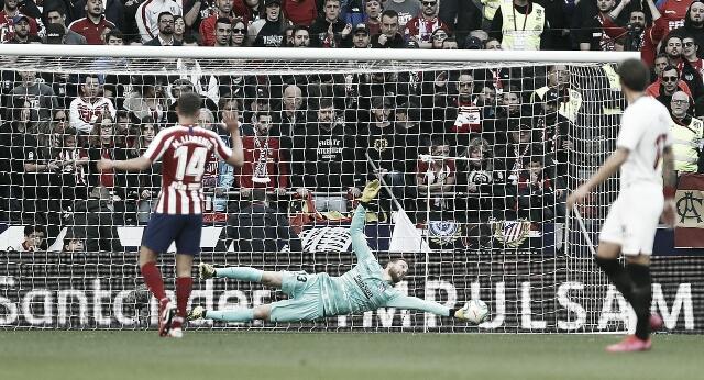 Com gols no primeiro tempo, Sevilla e Atlético de Madrid empatam em jogo movimentado