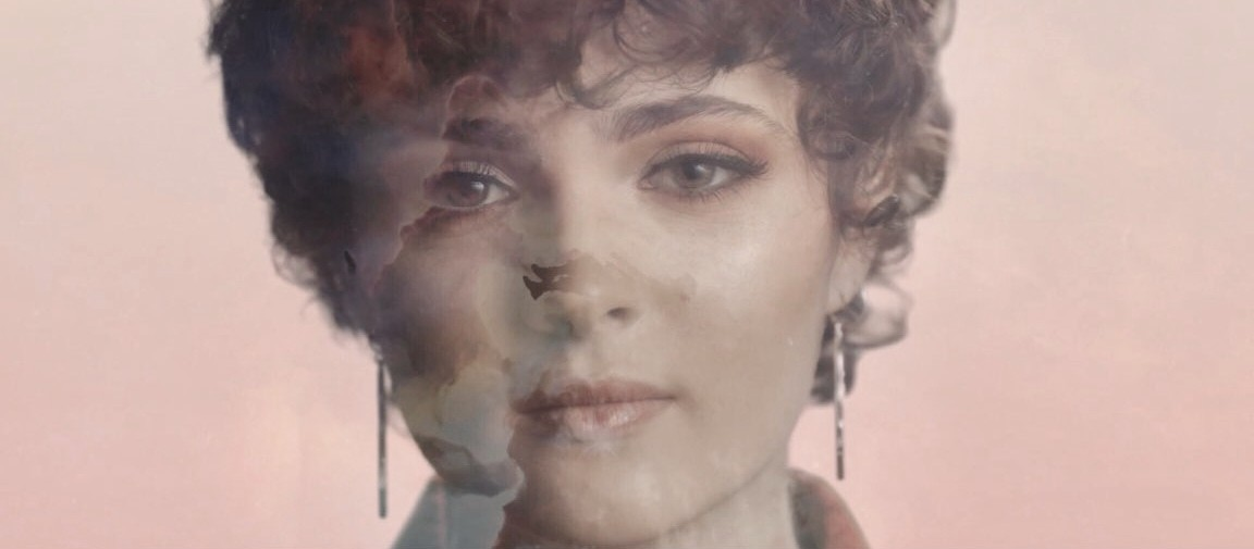 Anne Lukin vuelve a sí misma en su nuevo single