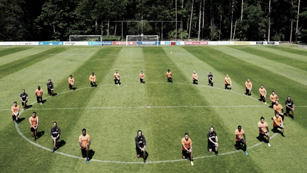 Acordo entre Federação Holandesa e governo prevê retomada do futebol com amistosos em julho