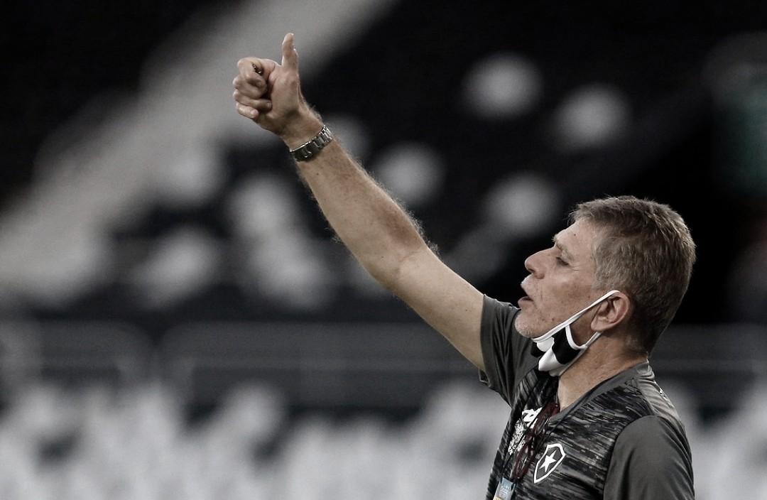 """Paulo Autuori explica demora nas substituições contra Fluminense: """"Precisamos criar uma equipe"""""""