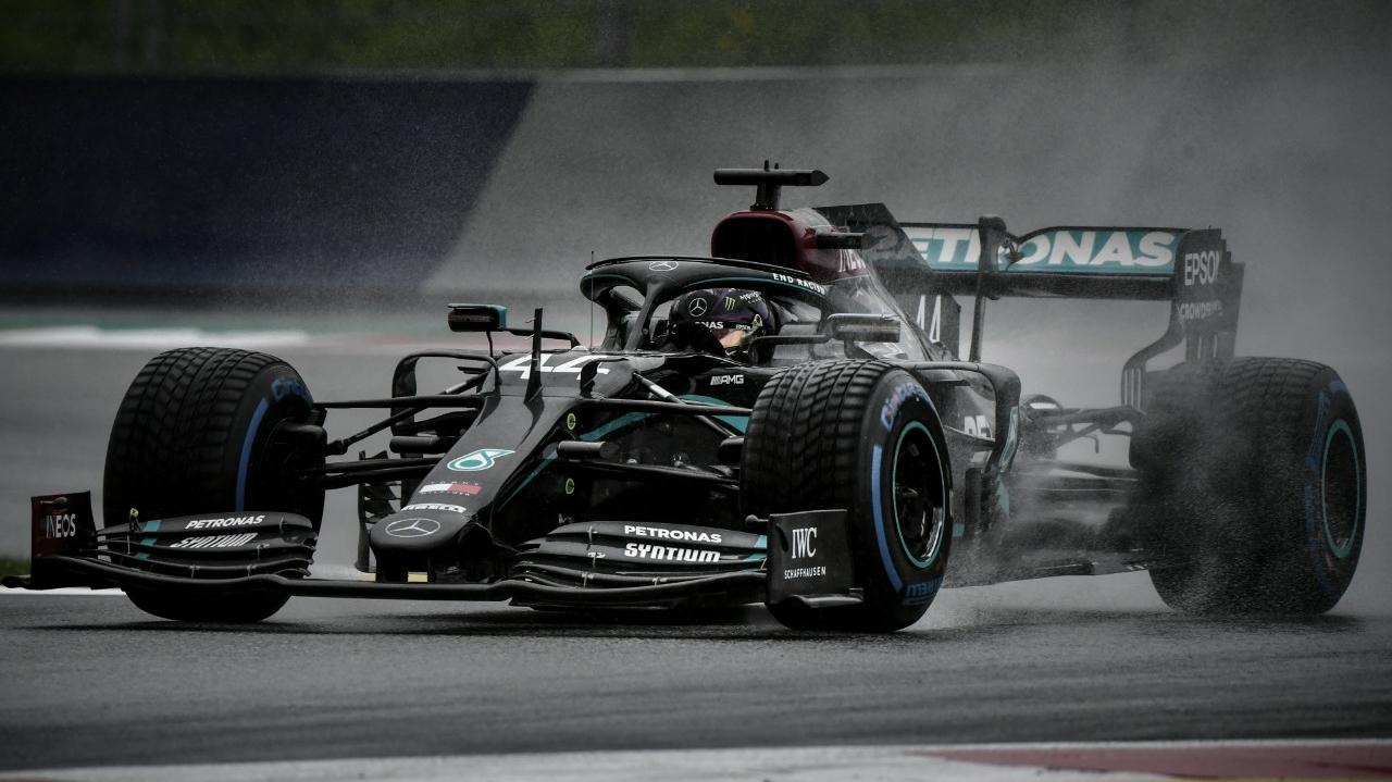Hamilton crava pole em instável qualifying no GP da Estíria; Ferrari passa vergonha de novo