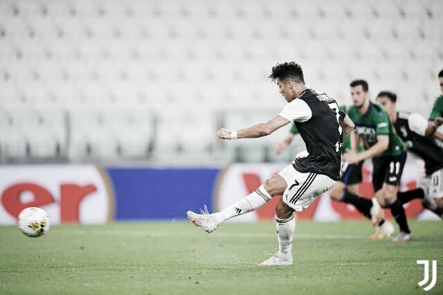 Cristiano Ronaldo converte pênaltis e salva Juventus contra Atalanta