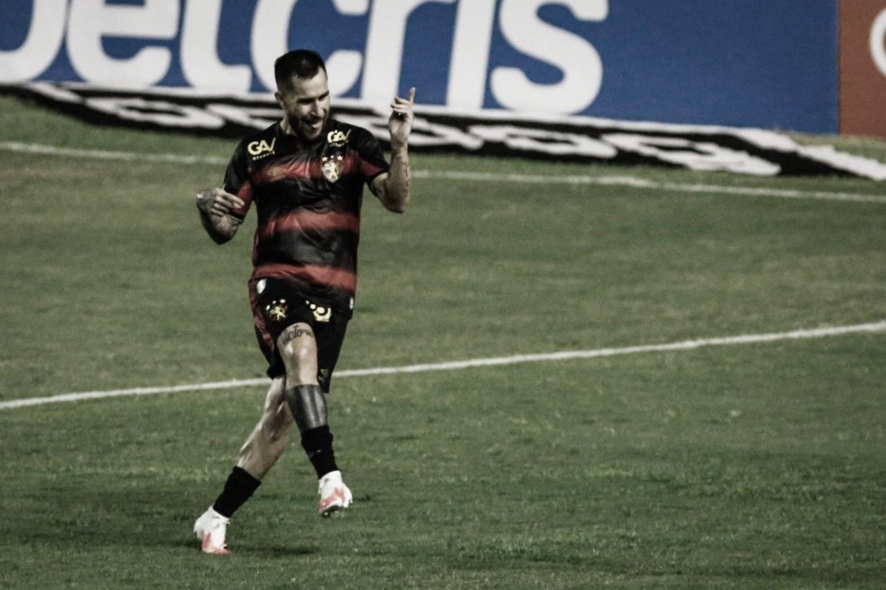 Baixinho, argentino e ligeiro: Jonatan Gómez é essencial para o Sport