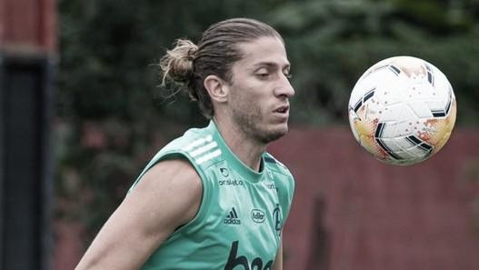 Filipe Luís diz que 'várias coisas estão acontecendo' no Flamengo além da troca de técnico