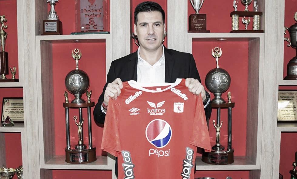 Juan Cruz Real, técnico del América de Cali / América de Cali.