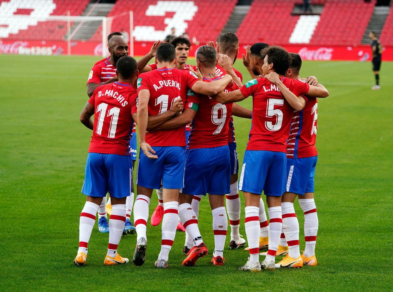 EL Granada CF arranca la temporada con un histórico pleno de victorias