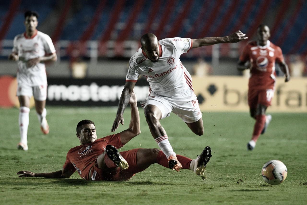 Internacional volta a jogar mal e empata com América de Cali na Colômbia