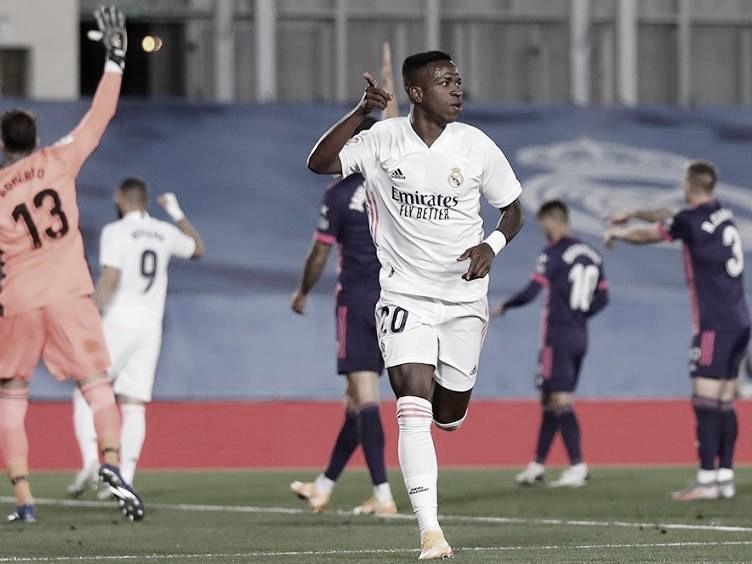 Real Madrid perde muitas oportunidades, mas consegue bater Valladolid com gol deVinícius Júnior