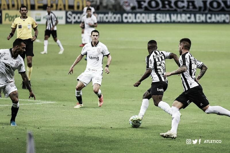 Gols e melhores momentos para Corinthians 1x2 Atlético Mineiro pelo Campeonato Brasileiro