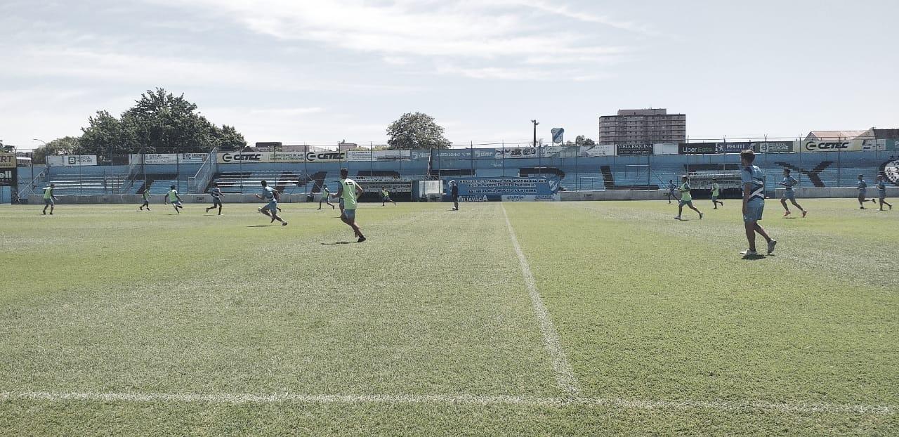 Entrenamiento en el estadio Alfredo Beranger. Foto: VAVEL.