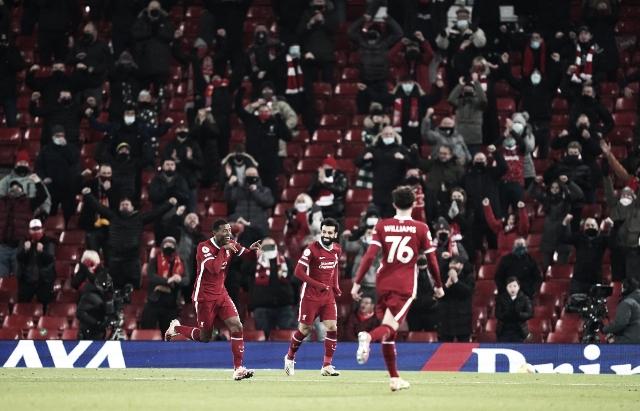 El Liverpool arrasa a unos lobos sin su macho alfa