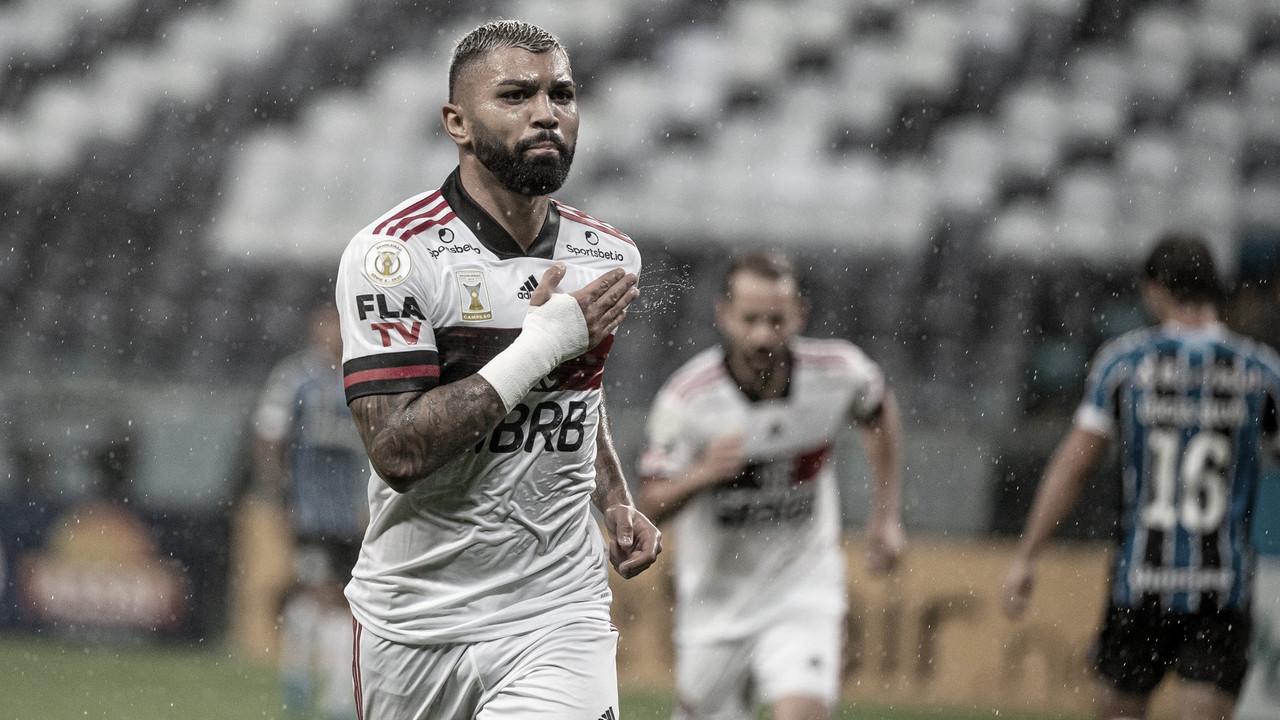 Flamengo derrota Grêmio e se aproxima do Internacional na briga pelo título