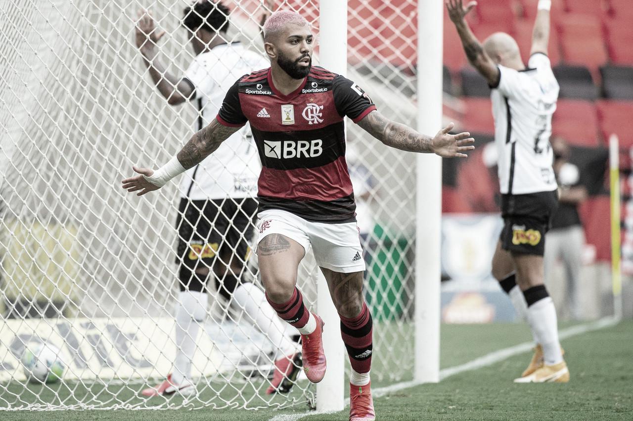 Flamengo derrota Corinthians e segue um ponto atrás do líder Internacional