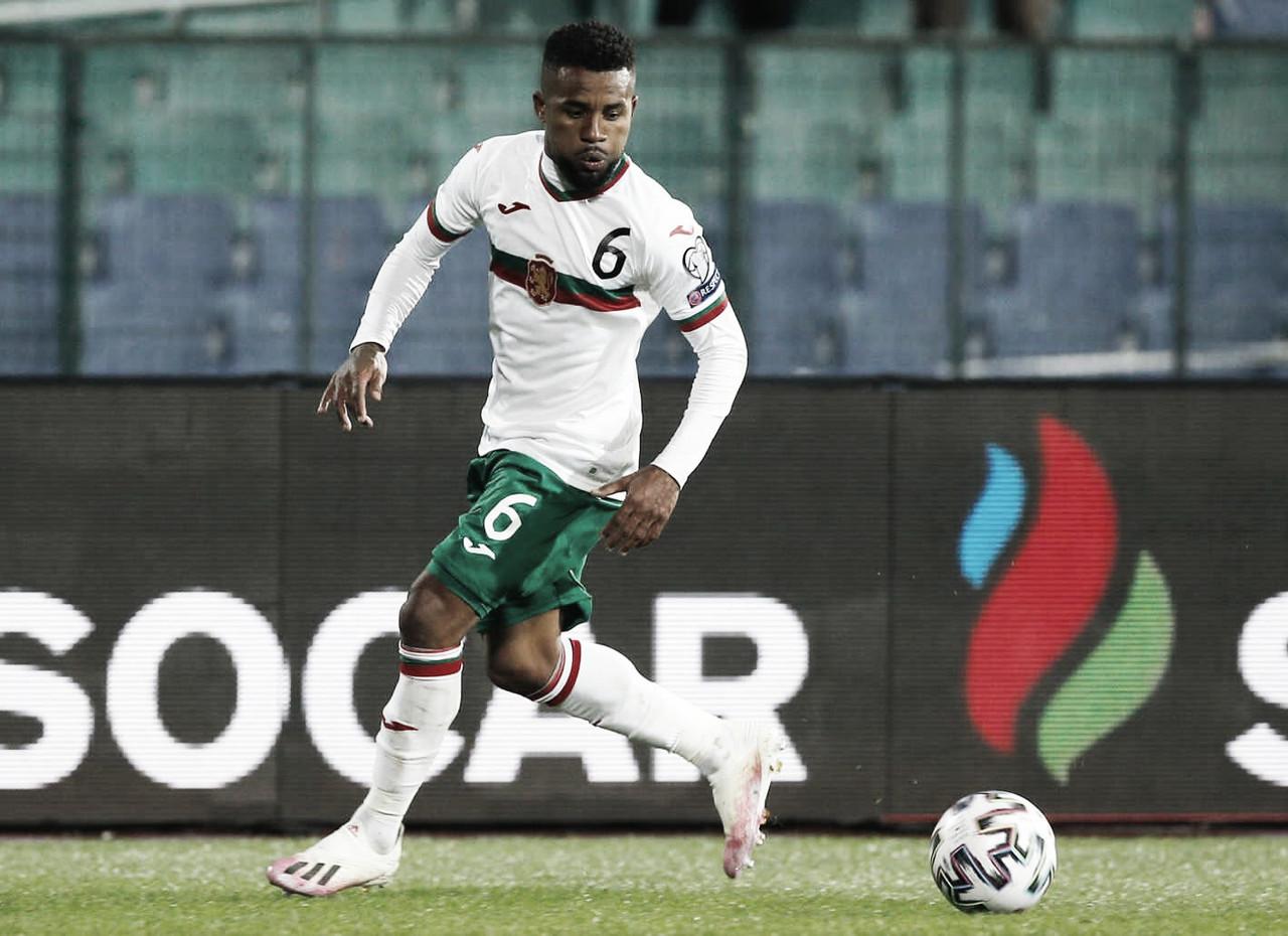 Pela seleção da Bulgária, Cicinho espera bom resultado nas Eliminatórias Europeias ao Mundial do Qatar