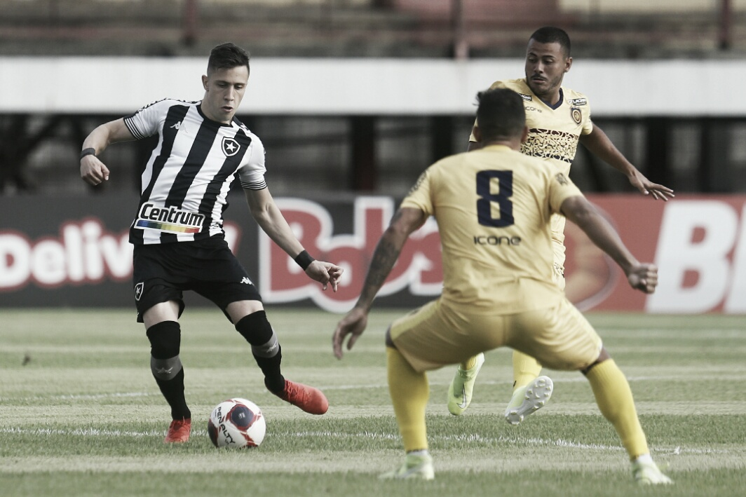 Pelo Cariocão, Botafogo recebe Portuguesa-RJ buscando subir na tabela