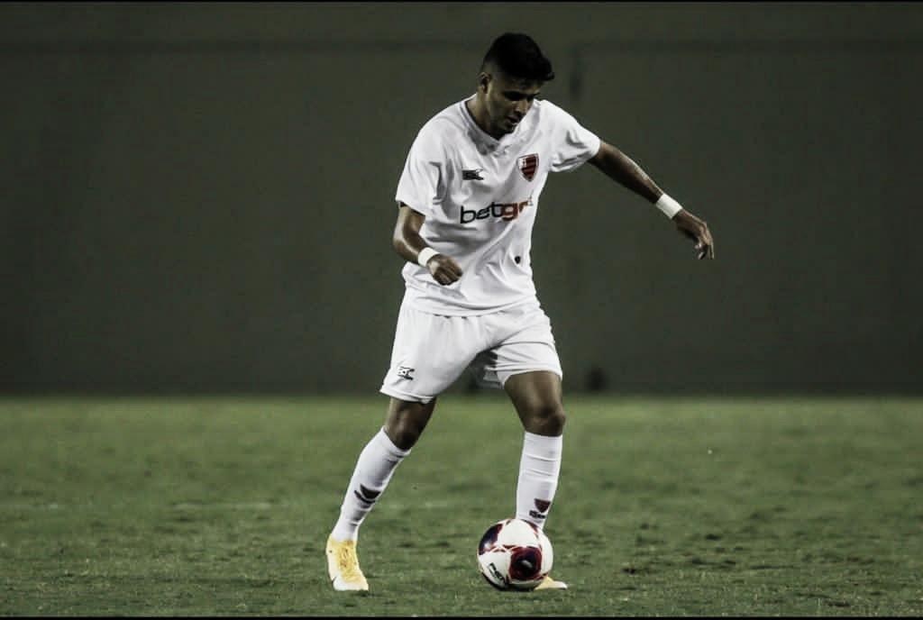 Leo Artur marca duas vezes em retorno do Paulista da A-2