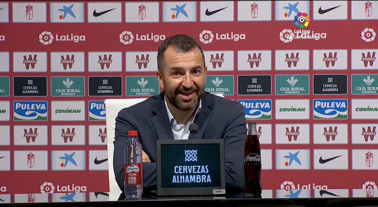 """Diego Martínez: """"La mentalidad ganadora de este equipo nos lleva a que nos duela la derrota"""""""