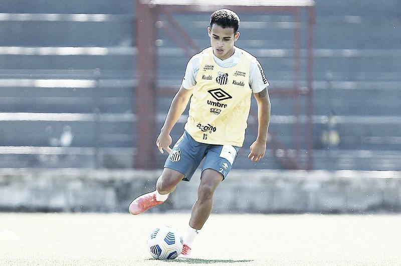 No Santos, Fernando Paiva se prepara para o Brasileiro de Aspirantes