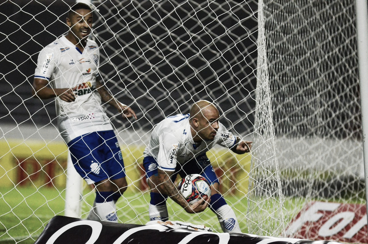 Com Silvinho, CSA vai a Campinas embalado após vitória sobre Cruzeiro