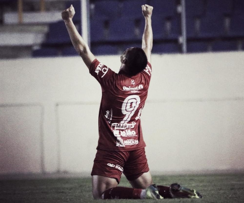 Destaque do último jogo da equipe, Paulinho exalta campanha do Sergipe e projeto número de gols na Série D