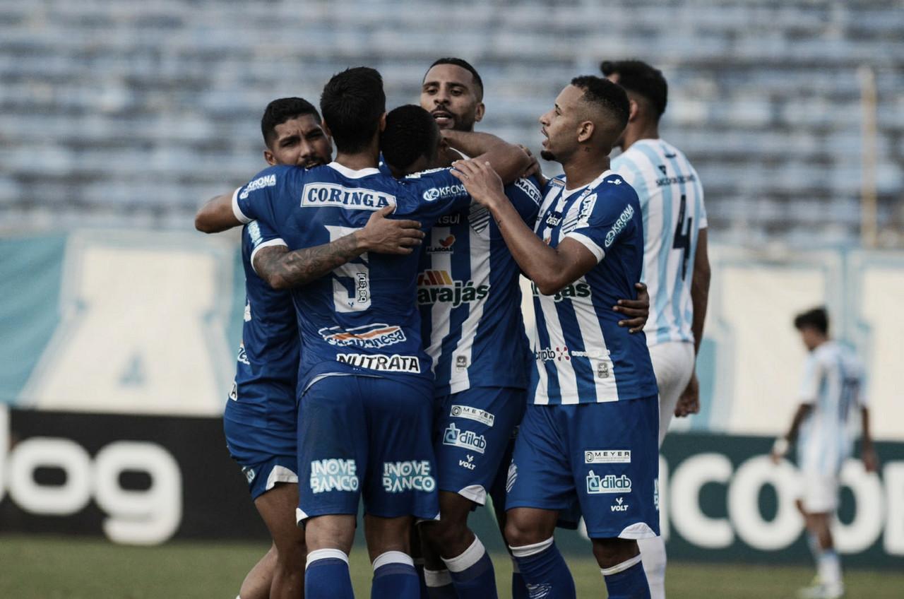 Com gols no primeiro tempo, CSA encerra má fase na Série B ao vencer Londrina