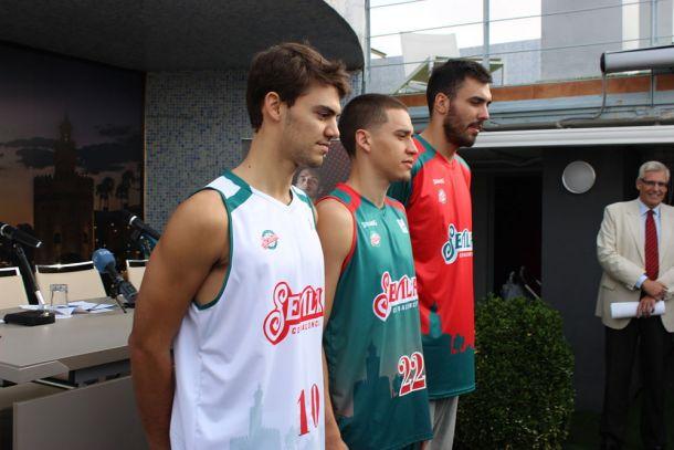 El Baloncesto Sevilla presenta sus equipaciones para la temporada 15-16