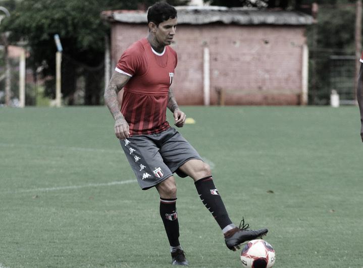 Victor Ramos prioriza boas atuações no Botafogo-SP durante Paulistão