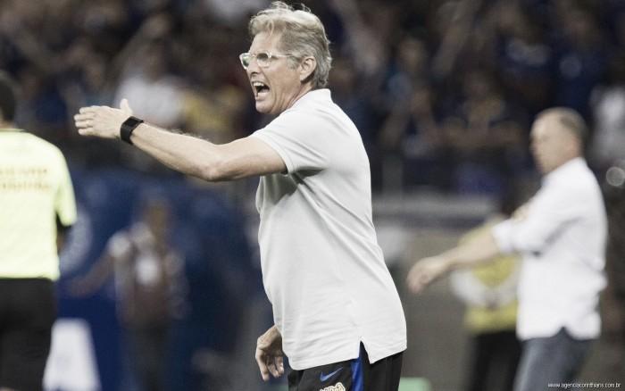Após eliminação na Copa do Brasil, Oswaldo de Oliveira afirma que Corinthians ainda pode melhorar