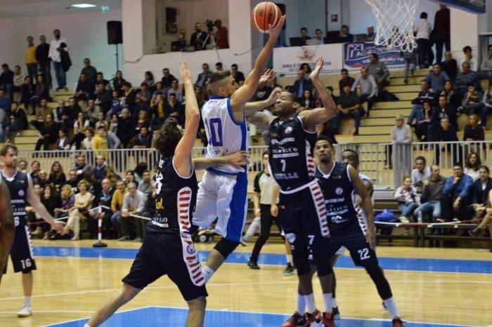 """Basket Agropoli, Contento: """"Non meritiamo gli insulti: in campo diamo tutto"""""""