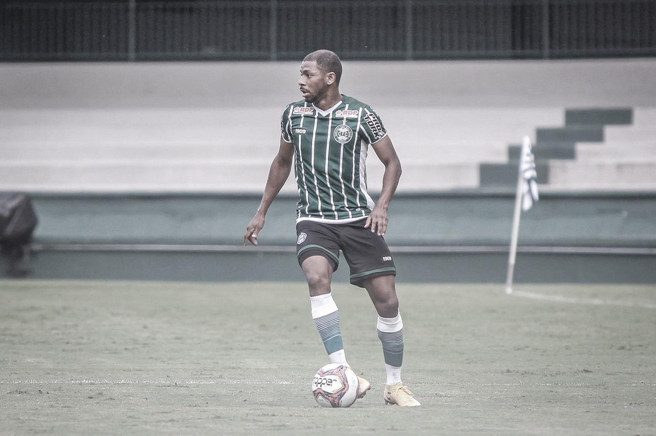 Waguininho avalia evolução pessoal no Coritiba e espera manter sequência de gols na temporada