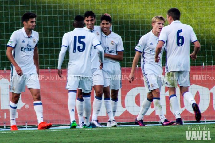 Fotos e imágenes del Real Madrid Castilla 3-0 UD Socuéllamos, jornada 9 Segunda B