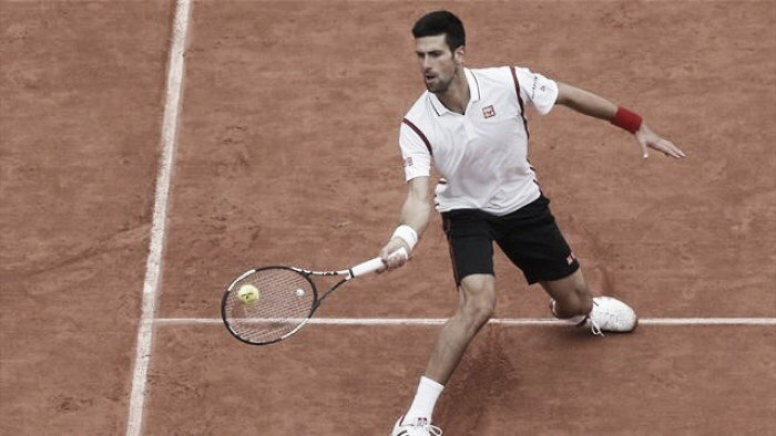French Open 2016: Djokovic stopped by rain against Bautista Agut