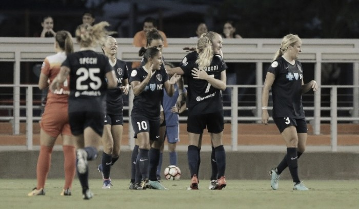 North Carolina Courage finish off the Houston Dash and earn NWSL Shield