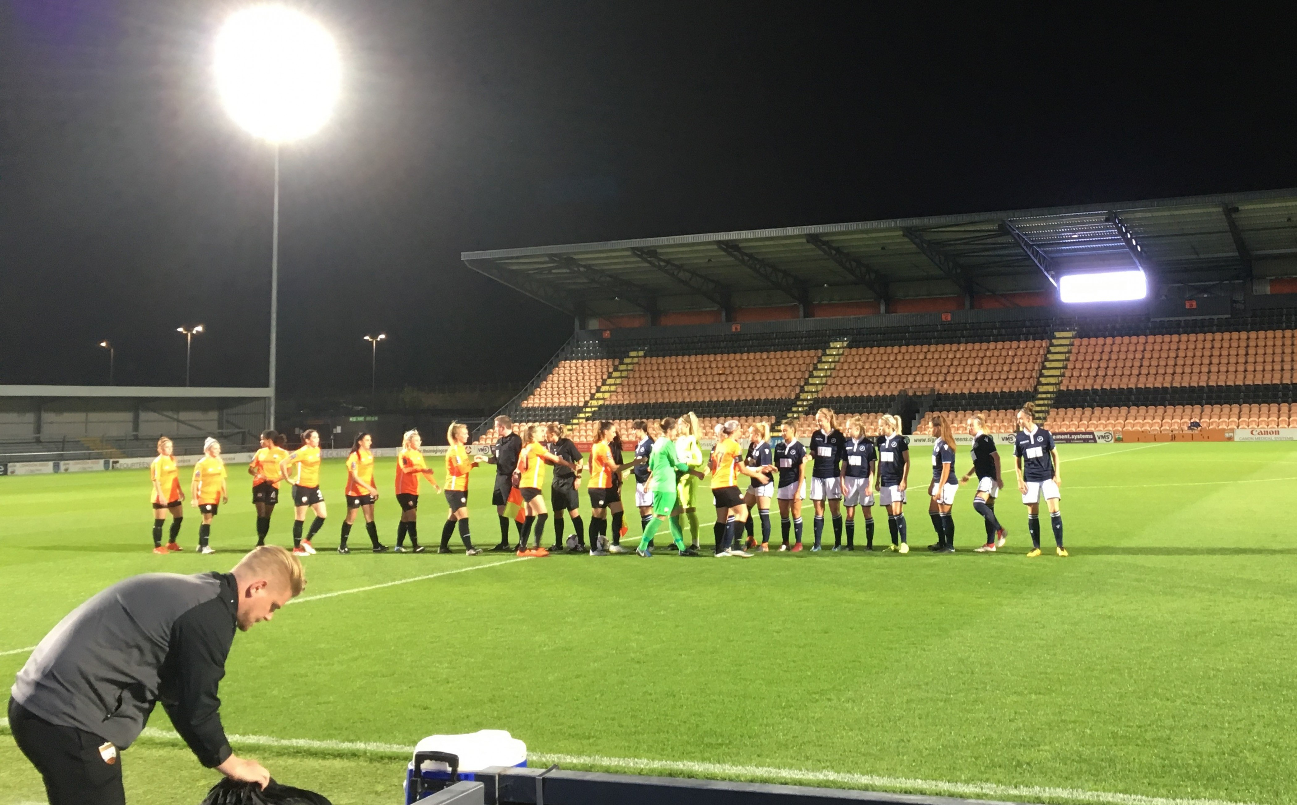 London Bees 2-1 Millwall Lionesses: Hosts snatch last minute win