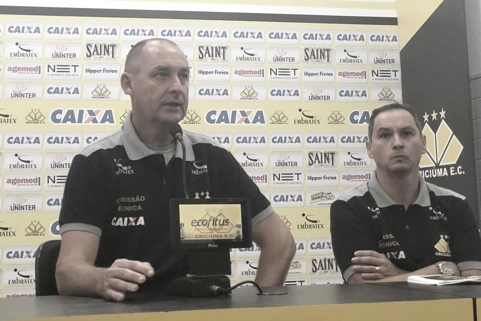 Wilsão elogia Bragantino, mas cita tempo curto de recuperação após derrota do Criciúma em casa